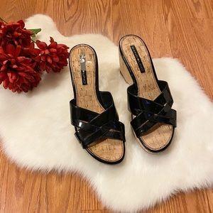 Bandilino wedge sandals size 9 1/2